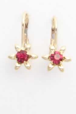 14k yellow gold flower earrings with red stones