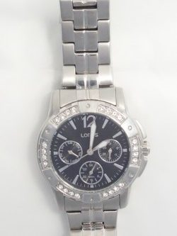 ladies Lorus watch with swarovski crystals