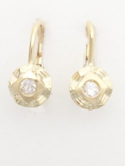 18k earrings with white stones
