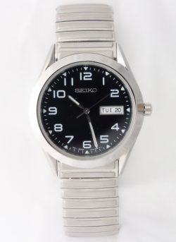 mens seiko black dial silver toned expansion bracelet
