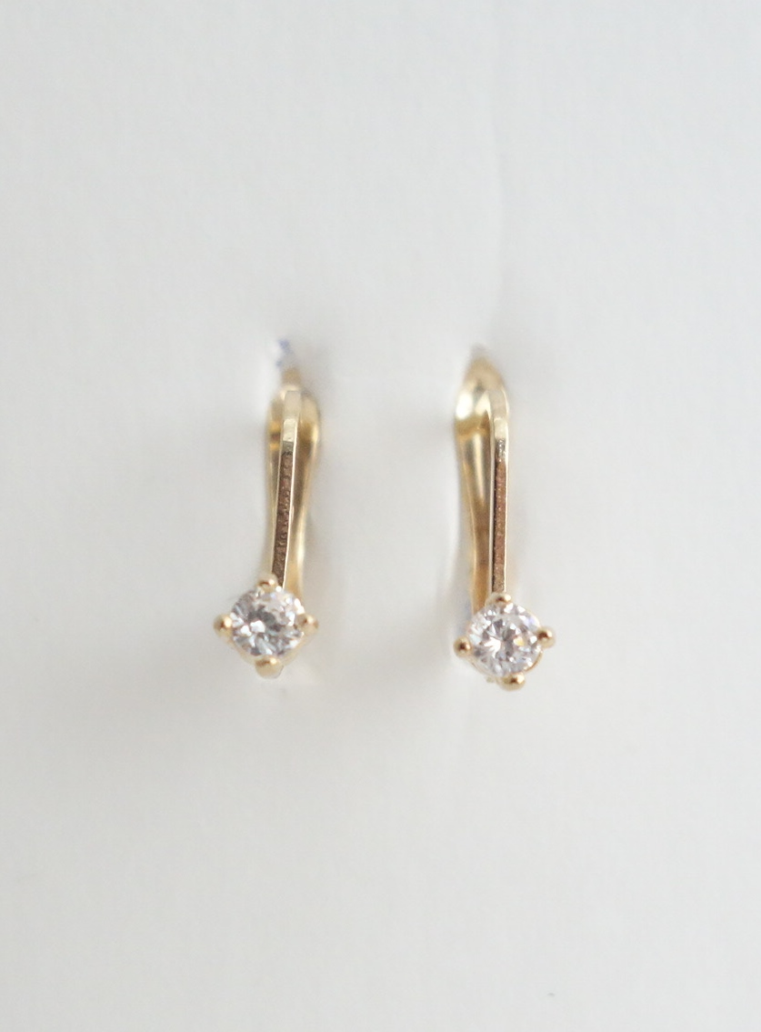 10k earrings with white stones