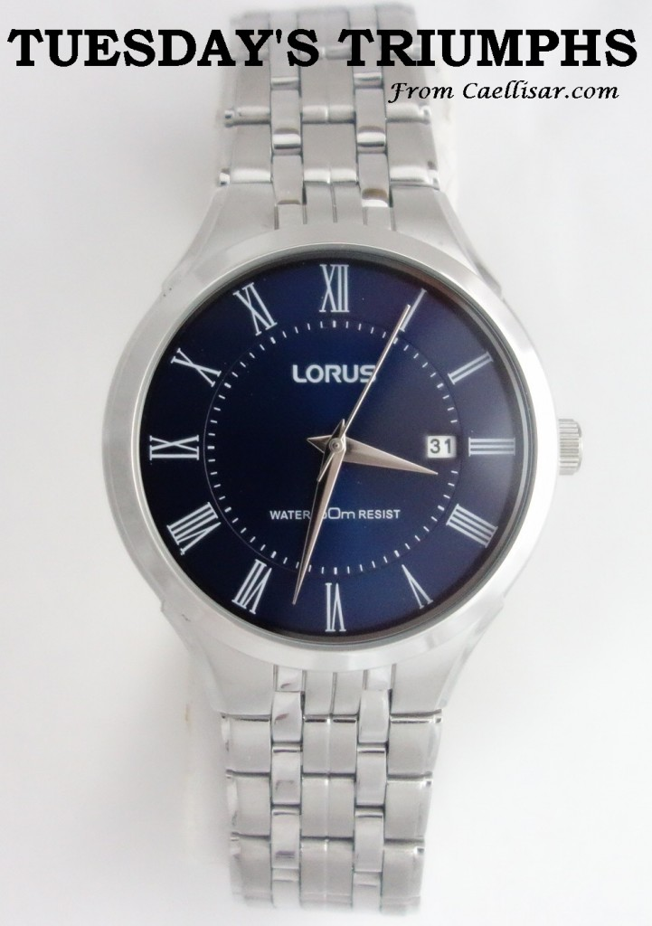 tt mens lorus blue dial watch with silver toned bracelet