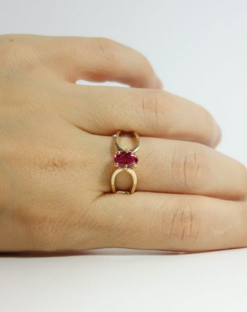 10k ring oval red stone