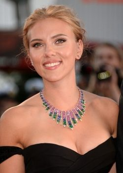 Scarlett Johansson Was Colorful In Venice