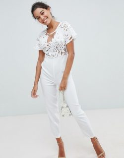 Trend: White.  What 2 Wear Wednesday